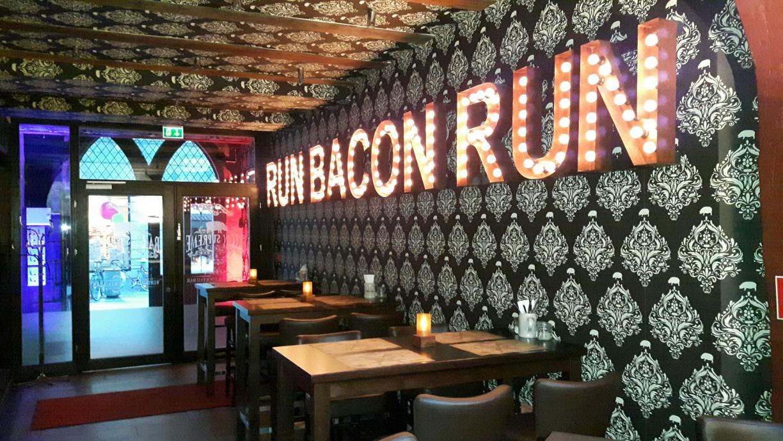 Bacon Supreme Eingangsbereich - Restaurant in Göttingen